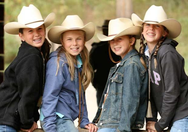 family-experience-reserve-wyoming-guest-ranch